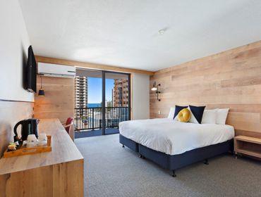 The Island Gold Coast Classic King Room 1024X683 1