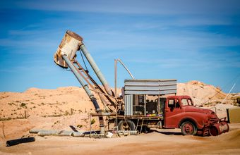 Tims_Working_Opal_Mine_Coober_Pedy_127356_Med