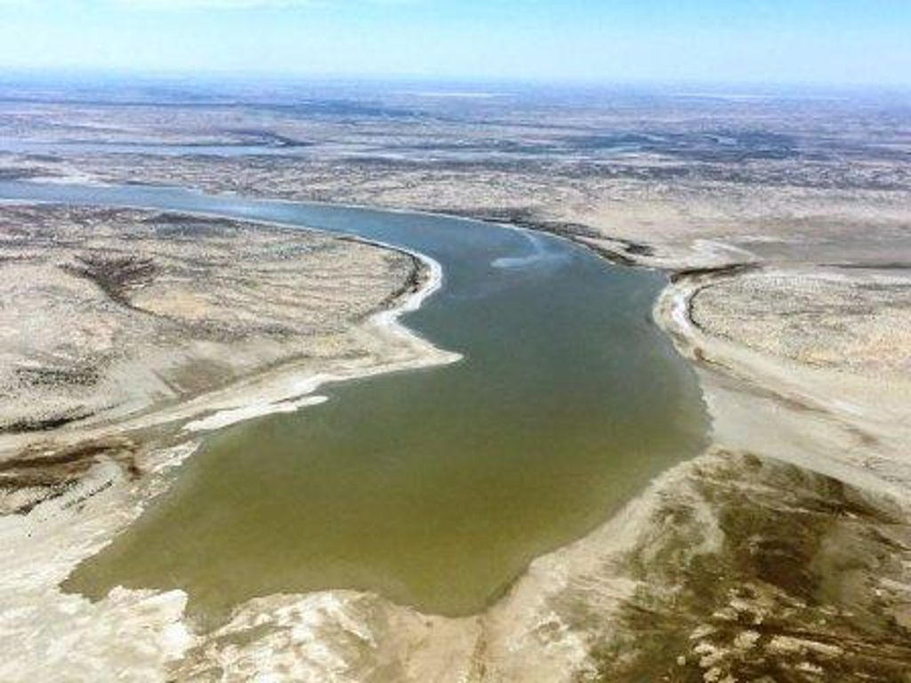Flood Waters reach Lake Eyre!